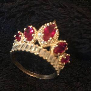 14k Gold Crown CZ ring size 7